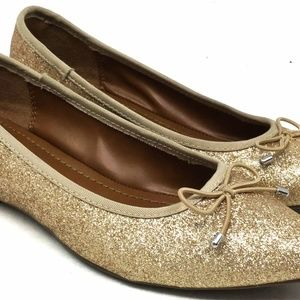Kohl's Women's Metallic Slip Ons Size 6 Gold
